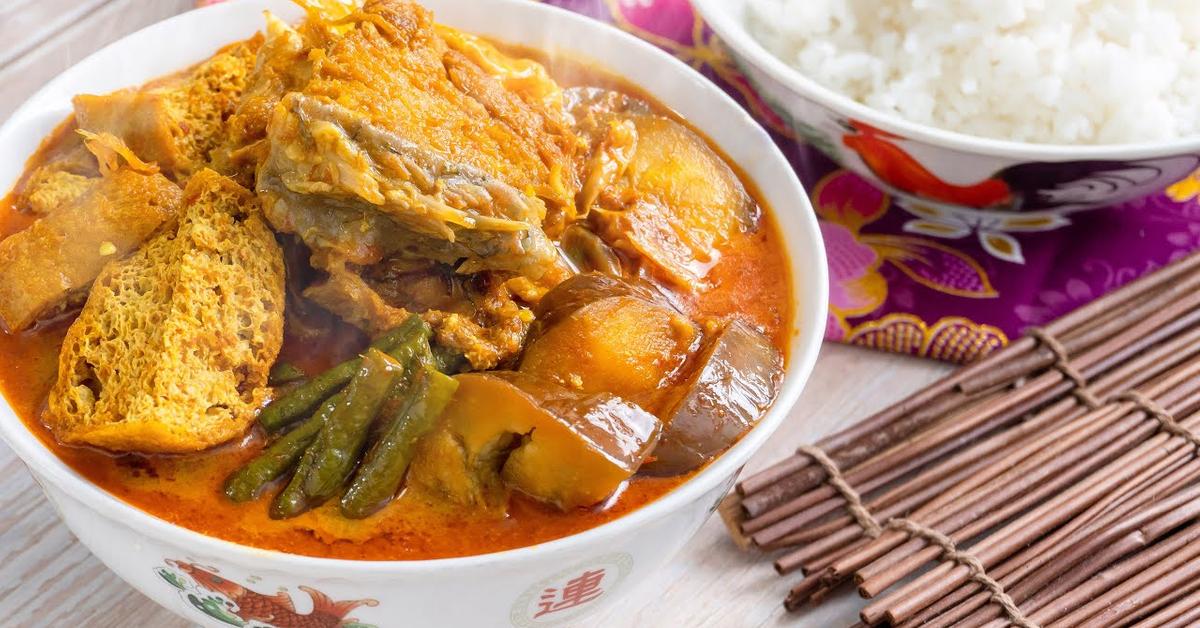 Salted Fish Bone Curry  鹹魚骨咖喱
